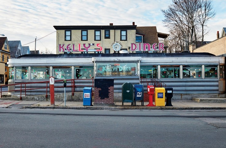 new-england-diners-c2r2-kellys-1200x790